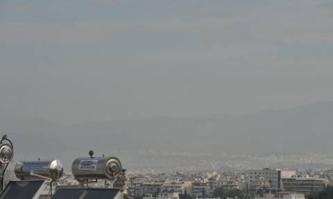 «Δεν εμπνέει ανησυχία η ατμοσφαιρική ρύπανση από τη φωτιά στον Ασπρόπυργο»
