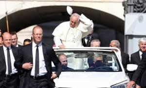 Ο πάπας Φραγκίσκος επαναφέρει την «Ιερά Εξέταση» για τους παιδεραστές!