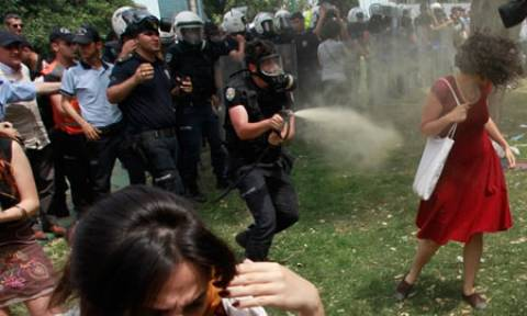Τουλάχιστον ευφάνταστη η τουρκική Δικαιοσύνη: Καταδίκασε αστυνομικό σε... δεντροφύτευση!