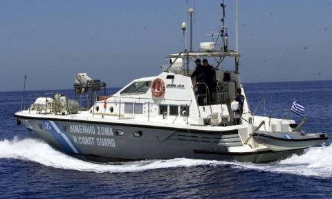 Παλαιόχωρα: Μεγάλη επιχείρηση για τη διάσωση εκατοντάδων μεταναστών