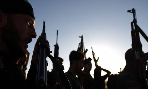 Συρία: Σύροι αντάρτες κατέλαβαν αεροπορική βάση
