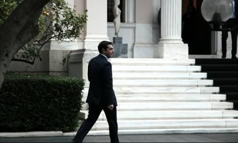 Συνάντηση Τσίπρα με τον υπουργό Άμυνας της Αιγύπτου
