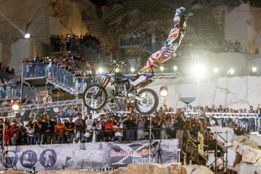 Red Bull X-Fighters: Υπερθέαμα σε μοναδικό τερέν