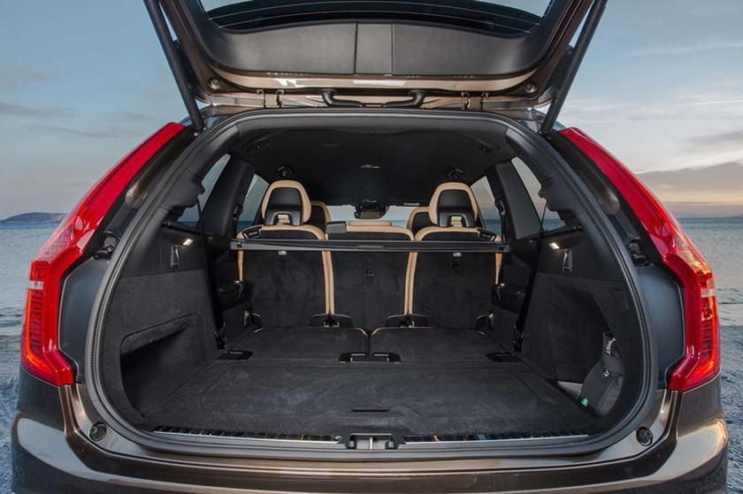 Volvo: Οδηγούμε το XC90 στην Ελλάδα