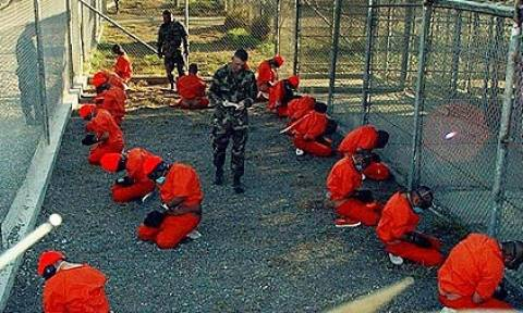 Οι ΗΠΑ μετέφεραν στο Ομάν κρατούμενους από το Γκουαντάναμο