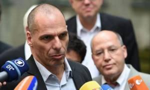 Βαρουφάκης: Δεν θα βάλουμε υπογραφή σε οποιαδήποτε συμφωνία