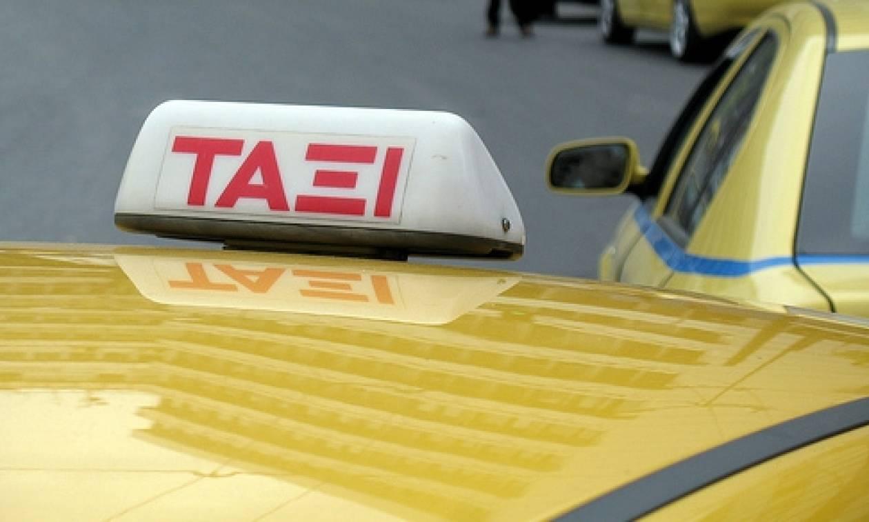 Αττική: Σύλληψη οδηγών ταξί με «πειραγμένα» ταξίμετρα και ταμειακές μηχανές