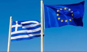 Ρέντσι: Θέλουμε την Ελλάδα στο ευρώ, αλλά πρέπει να το θέλει και εκείνη