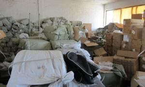 Δύο αποθήκες έκρυβαν περισσότερα από 700.000 προϊόντα «μαϊμού» (Photos και Video)