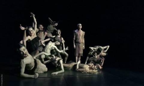 Weaving Chaos, της Τάνια Καρβάλιο στο Φεστιβάλ Αθηνών 2015