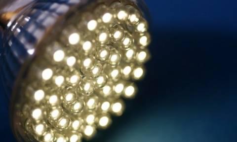 Λαμπτήρες LED: Ποιους κινδύνους κρύβουν για την υγεία