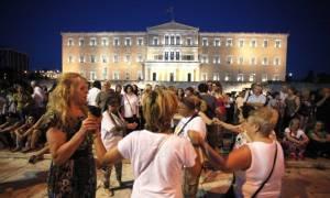 Οργή λαού κατά των δανειστών (photos)