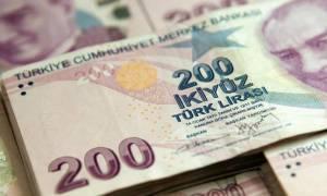 Τουρκία: Η συναλλαγματική αστάθεια της λίρας πλήττει την καταναλωτική εμπιστοσύνη