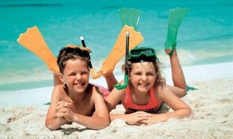 Στην παραλία με τα παιδιά - Τι πρέπει να πάρετε μαζί σας;