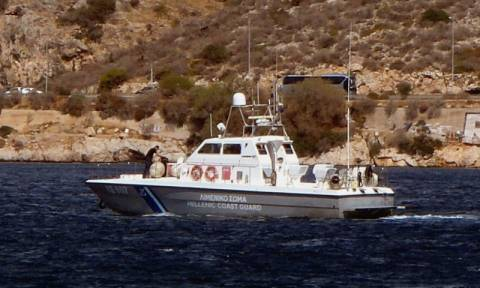 Εισροή υδάτων σε επιβατηγό πλοίο στην Ικαρία