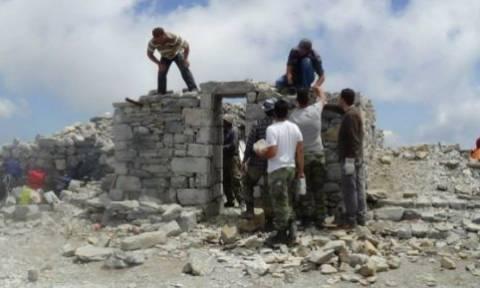 Καλαμάτα: Το εκκλησάκι του προφήτη Ηλία στην κορυφή του Ταΰγετου