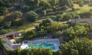 Γαλλία: Στο σφυρί η εντυπωσιακή βίλα του Τζόνι Ντεπ – 23 εκατ.ευρώ η τιμή της (photos)