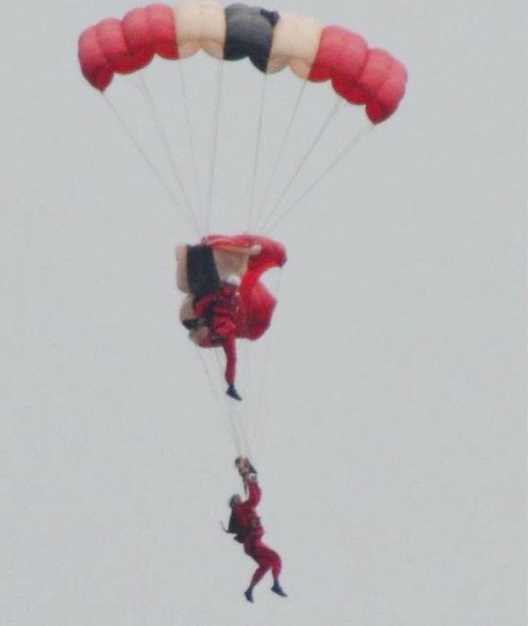parachutist 306293