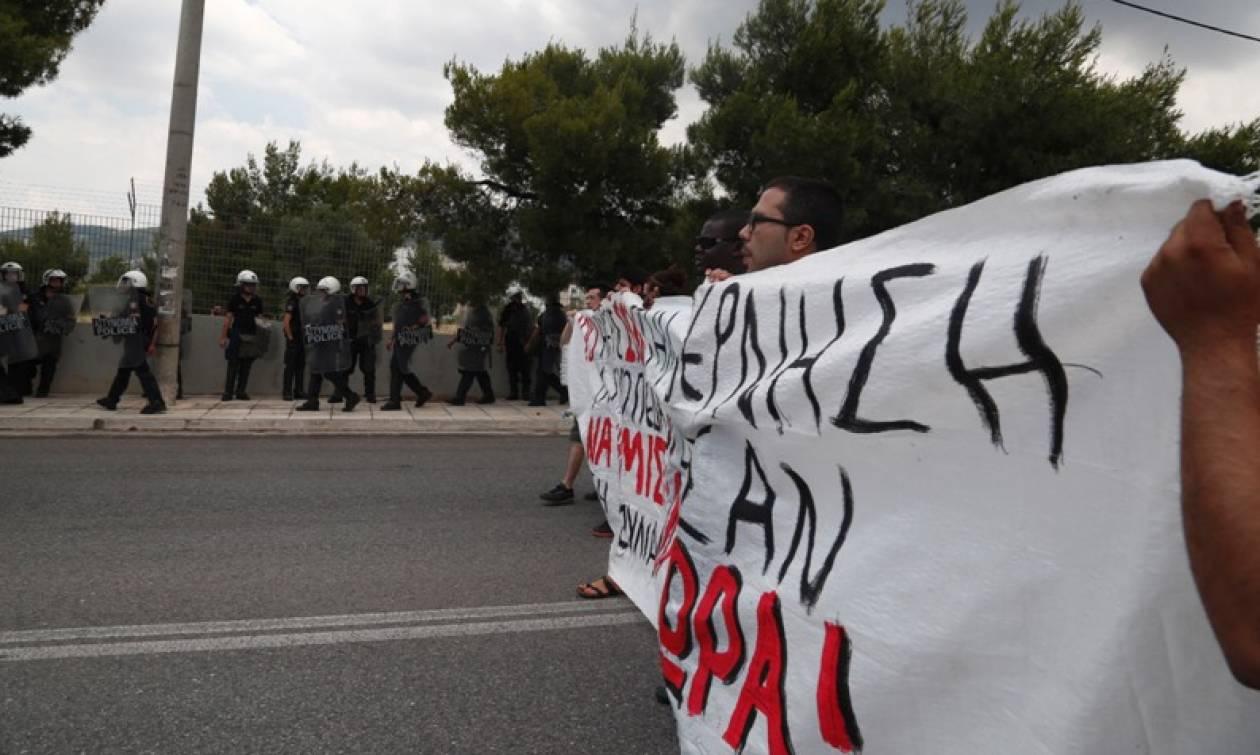 Παγκόσμια Ημέρα Προσφύγων: Συγκέντρωση έξω από το κράτησης Αμυγδαλέζας