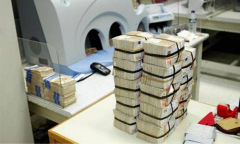 Reuters: Αιφνίδια σύσκεψη Στουρνάρα με τραπεζίτες
