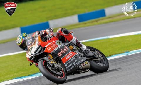 Ducati: 800 podium στα Superbikes