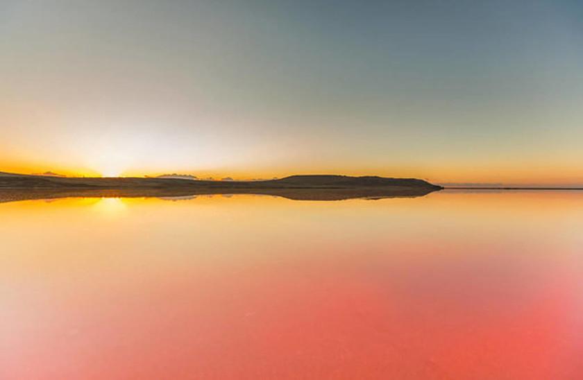 Η ματωμένη λίμνη… το πιο εξωγήινο τοπίο της Γης!
