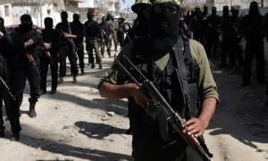 Οι τζιχαντιστές κρέμασαν σε πάσσαλο δύο αγόρια επειδή δεν τηρούσαν το Ραμαζάνι