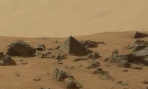 Εντόπισε η NASA πυραμίδα στον Άρη; (video)