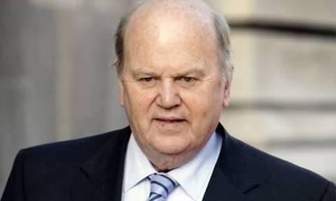 Ιρλανδός ΥΠΟΙΚ: Δεν ζήτησα ποτέ capital controls για την Ελλάδα