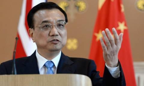 Κινέζος πρωθυπουργός: Ελπίζω σε παραμονή της Ελλάδας στην ευρωζώνη