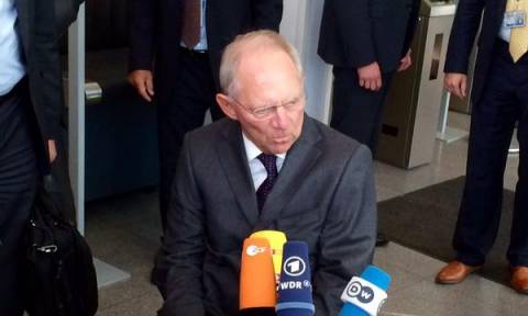 Eurogroup – Σόιμπλε: Δεν έχουν γίνει πολλά από το Eurogroup της Δευτέρας