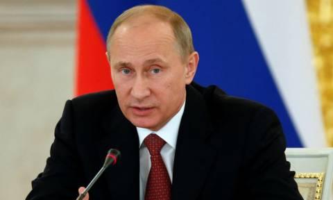 Η Ρωσία εξετάζει το ενδεχόμενο να αποκλείσει την Ελλάδα από το εμπάργκο