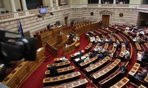 Σε ονομαστική ψηφοφορία το μεσημέρι (25/6) το νομοσχέδιο για την ιθαγένεια