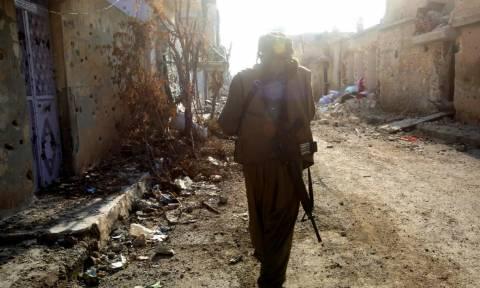 Κομπάνι: Νεκροί και τραυματίες από την επίθεση αυτοκτονίας τζιχαντιστών του ΙΚ