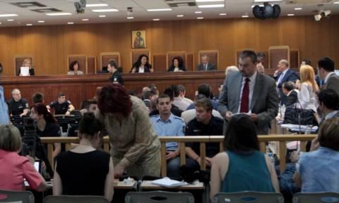 Δίκη Χ.Α.: Οι συνήγοροι των θυμάτων επιχειρηματολογούν για τη δήλωση παράστασης πολιτικής αγωγής