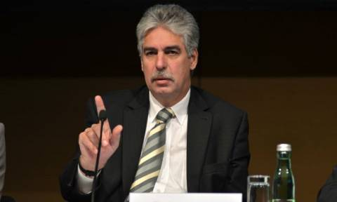 Eurogroup-Σέλινγκ: Τελική προθεσμία η Κυριακή-Κάθε λεπτό που περνά δυσκολεύει η κατάσταση