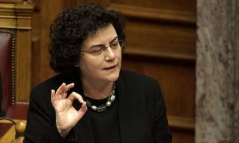 Την παράταση της προθεσμίας υποβολής φορολογικών δηλώσεων ανακοίνωσε η Βαλαβάνη