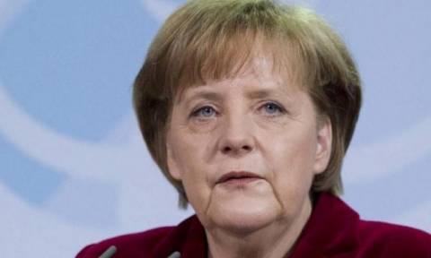 Μέρκελ: Να υπάρξει συμφωνία με την Ελλάδα, πριν ανοίξουν οι αγορές τη Δευτέρα
