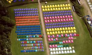 Glastonbury Festival: Η θέα από ψηλά (photos)