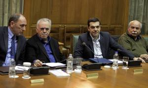 Επιστρέφει ο Τσίπρας – Συνεδριάζει εκτάκτως το κυβερνητικό συμβούλιο
