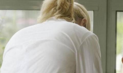 Αττική: Συνελήφθησαν 7 αλλοδαπές γυναίκες που εργάζονταν παράνομα ως νοσοκόμες