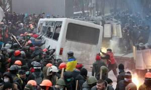 Ρωσία: Οι ΗΠΑ σιωπούν για τις παραβιάσεις των ανθρωπίνων δικαιωμάτων στο Κίεβο