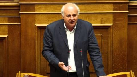 Καραθανασόπουλος: Καρμανιόλα η θέση των δανειστών, λαιμητόμος η πρόταση της κυβέρνησης