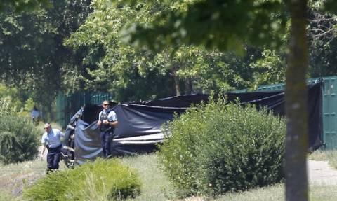 Γαλλία: Ανακρίνεται ο ύποπτος για την επίθεση και τον αποκεφαλισμό ενός ανθρώπου