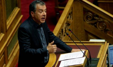 Αθλιότητες Στ. Θεοδωράκη κατά στελεχών του ΣΥΡΙΖΑ (videos)