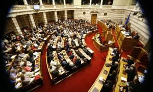 Υπερψηφίστηκε η πρόταση του υπουργικού συμβουλίου για τη διεξαγωγή δημοψηφίσματος (video)