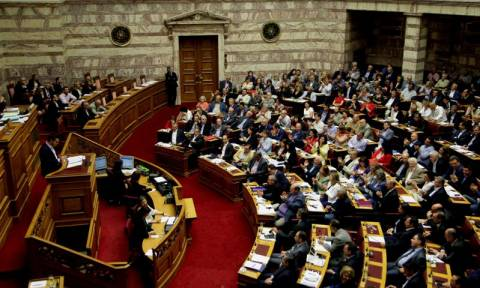 Greek parliament approves motion to hold referendum on July 5