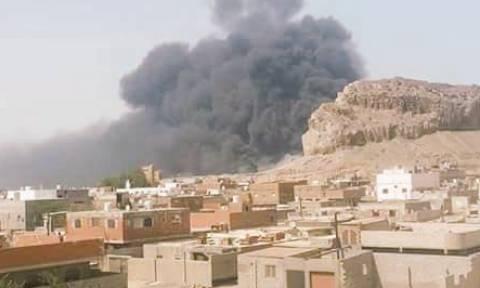 Υεμένη: Πολύνεκρες συγκρούσεις και επίθεση με πυραύλους σε διυλιστήριο