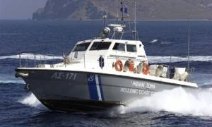 Αίγινα: Προσάραξη πλοίου σε βραχώδη περιοχή