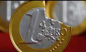 «Χτυπάνε» το ευρώ στις αγορές της Ασίας